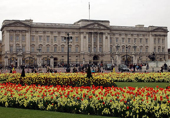 Petition Demands The Royals Pay For Their Own Palace
