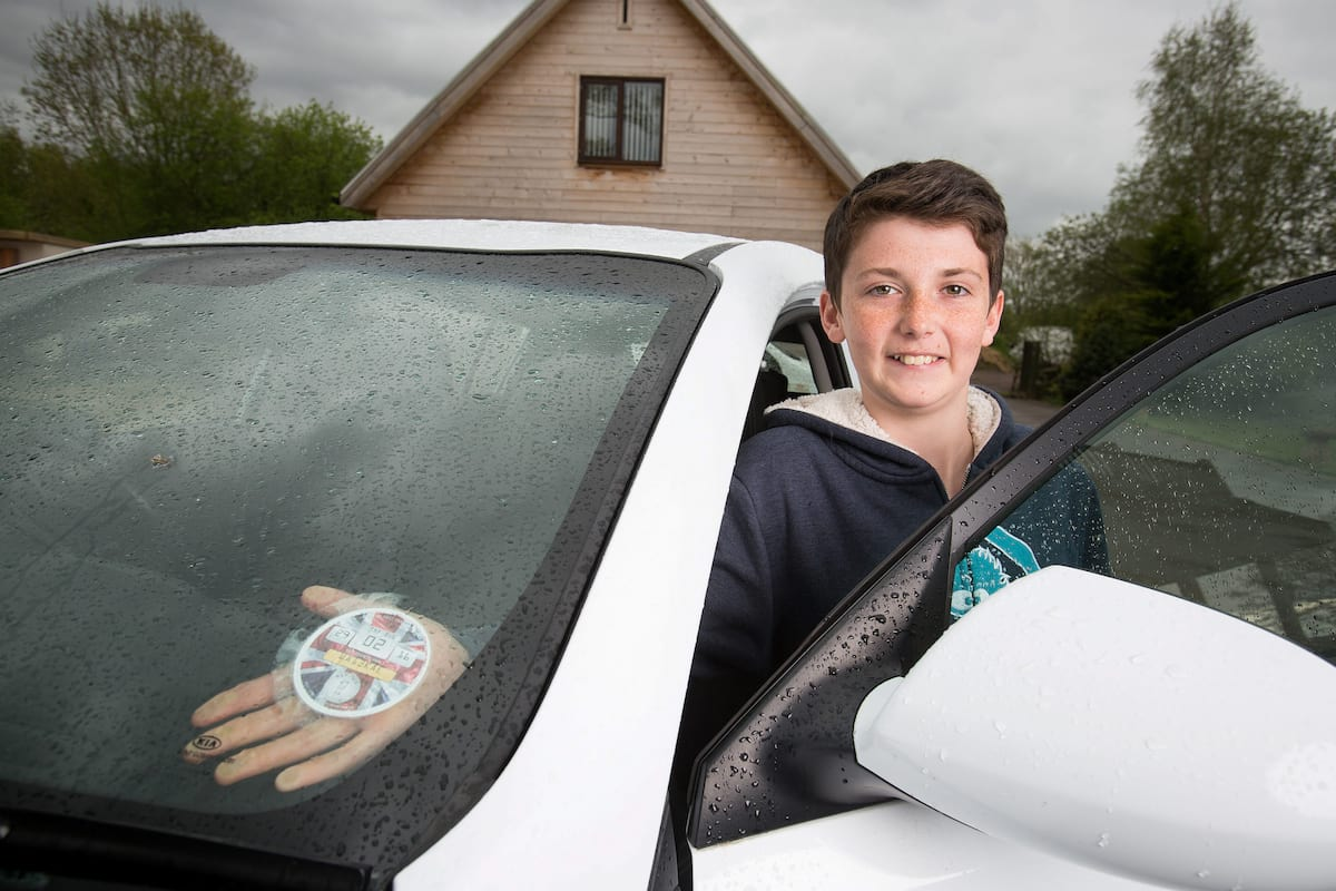 14 Year Old Becomes Millionaire From Genius Business Deals 20339UNILAD imageoptim SWNS TAX REMINDERS 14
