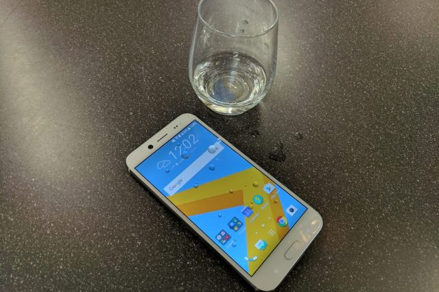 HTC 10 EVO iP67