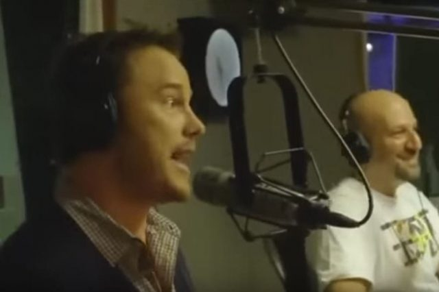 Chris Pratt Claims He Knows Every Word To Eminem Song, Nails It Like A Boss 2296UNILAD imageoptim prattvideo 1 640x426