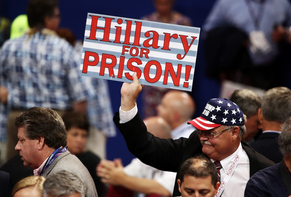 Will Donald Trump Actually Put Hillary Clinton In Prison? 2386UNILAD imageoptim GettyImages 577072684