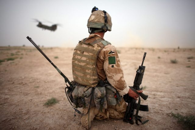 Meet The Sniper Protecting British Troops On The ISIS Frontline 24310UNILAD imageoptim GettyImages 82196194 640x426