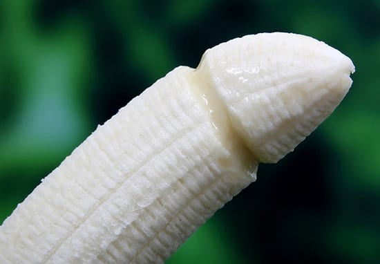 The Shocking Things That Happen To Your Penis As You Age 25759UNILAD imageoptim Penis web