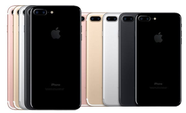 The Ultimate Christmas Gift Ideas For Gadgets And Tech Lovers 36206UNILAD imageoptim iphone 7 colors 1