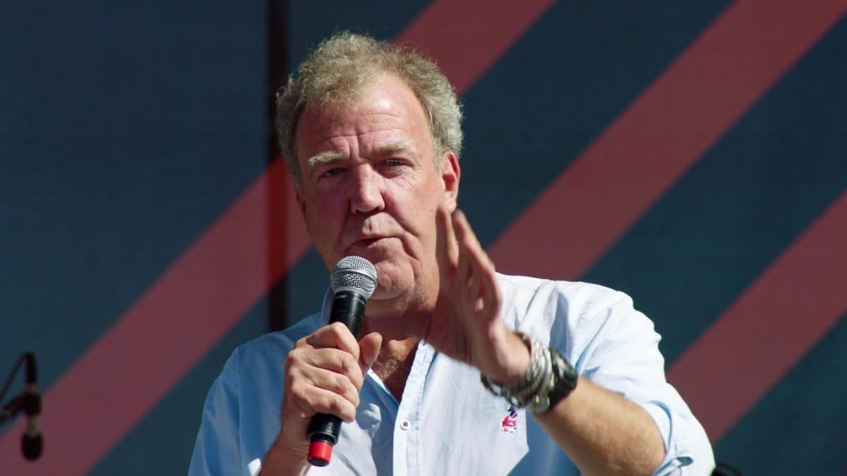 These Are The Grand Tour Jokes The BBC Would Definitely Have Banned 37463UNILAD imageoptim jeremy clarkson the grand tour intro