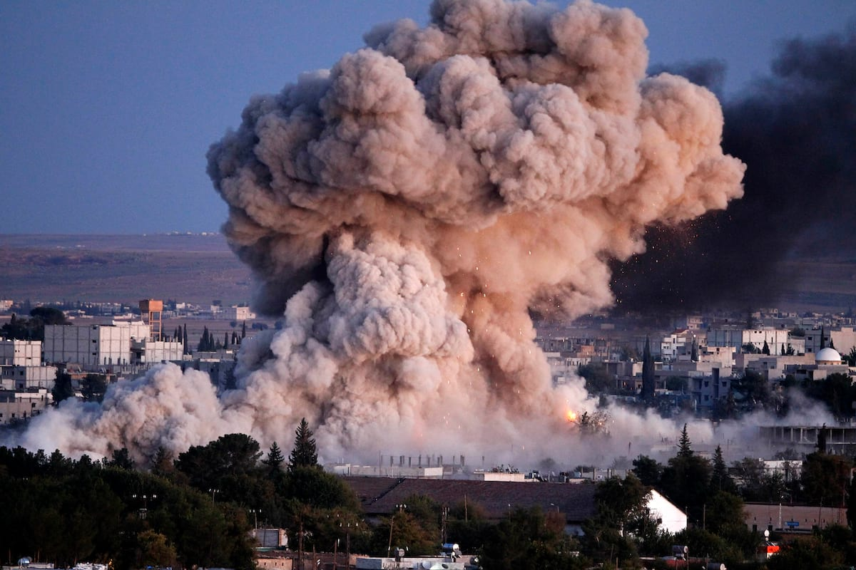 Russia Drops Terrifying Leaflets To Citizens Of Aleppo 38234UNILAD imageoptim GettyImages 457546708