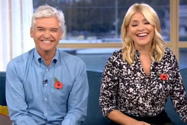 An Expert Taught Holly Willoughby How To Orgasm On This Morning 40120UNILAD imageoptim holly1