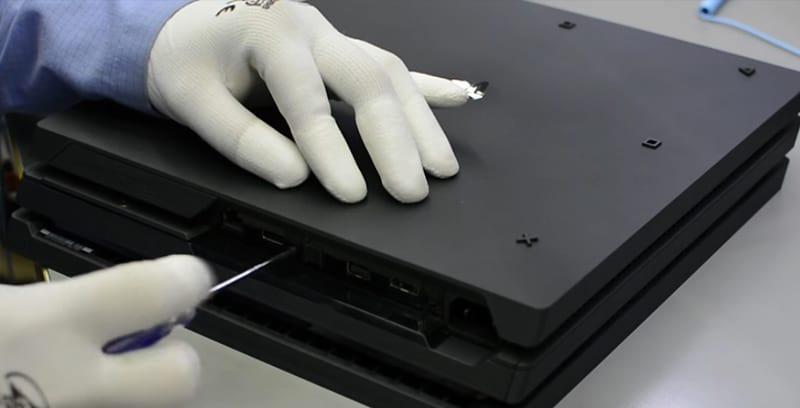 PS4 Pro Gets Torn Apart In New Video To See Whats Under The Hood 42854UNILAD imageoptim FacebookThumbnailps4takedown