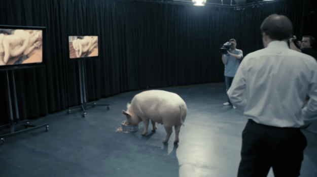 Theory Explains How Every Black Mirror Episode Is Connected 4837UNILAD imageoptim mirror8