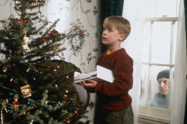 This Is Why Boxing Day Is Called Boxing Day 4937UNILAD imageoptim 1024.HomeAlone.mh .120412 640x426