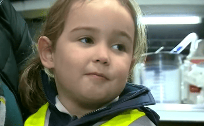Listen To Harrowing Call From Four Year Old That Saved Her Mums Life 49986UNILAD imageoptim Suzie1