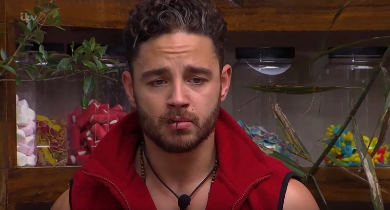 Im A Celeb Bushtucker Trial Criticised For Animal Cruelty 53045UNILAD imageoptim Bushtucker trial animal cruelty body 1