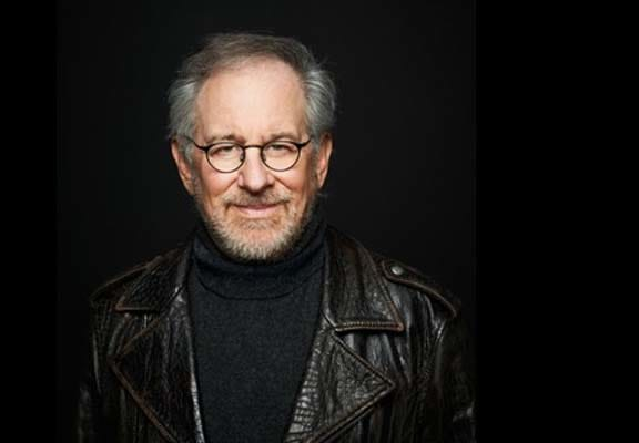 Steven Spielberg Says Indiana Jones Should Be Played By Woman Next 53638UNILAD imageoptim Spielberg tfa feature
