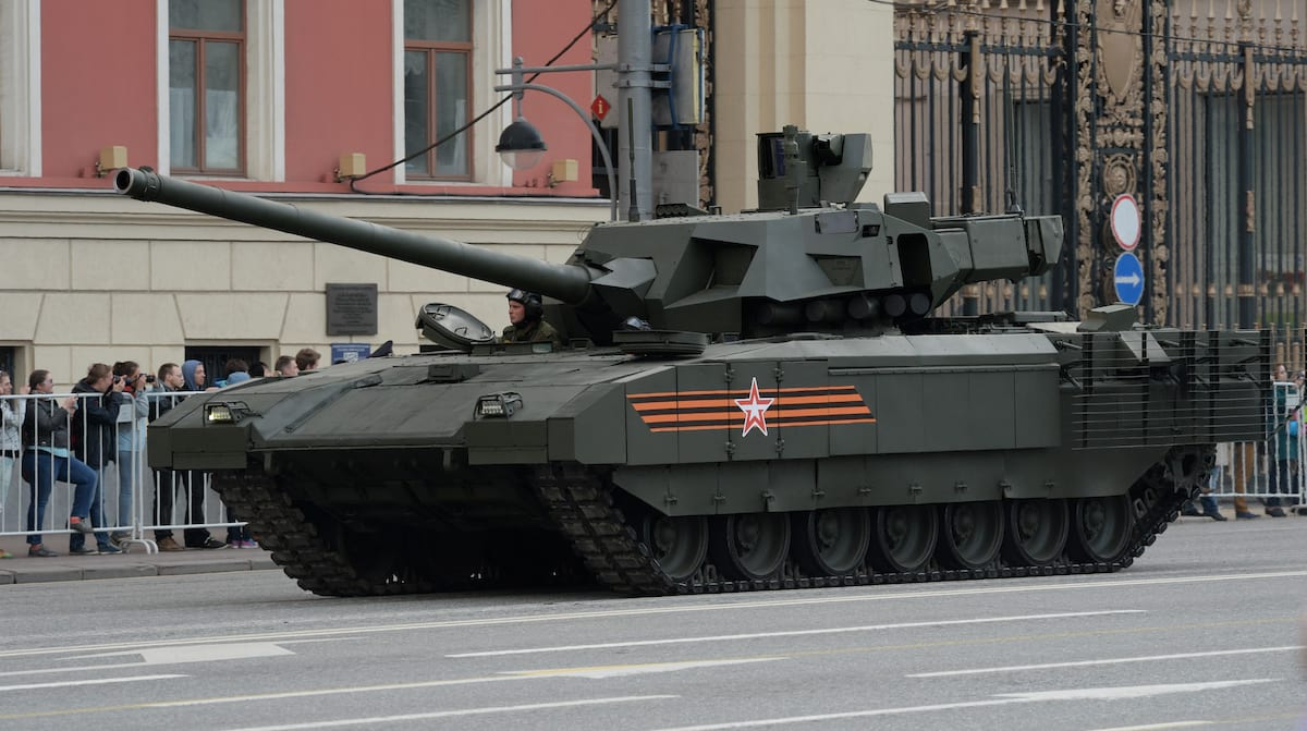 Leaked Documents Show UK Military Is Terrified Of New Russian Tanks 58142UNILAD imageoptim GettyImages 472416232