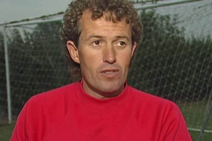 Shocking New Details About Paedophile Football Coach Emerge 58889UNILAD imageoptim Barry Bennell