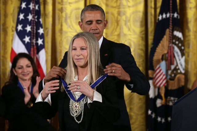 Was Kylie Jenner Awarded Medal Of Freedom By Obama For Realising Stuff? 59205UNILAD imageoptim GettyImages 498632486 640x426