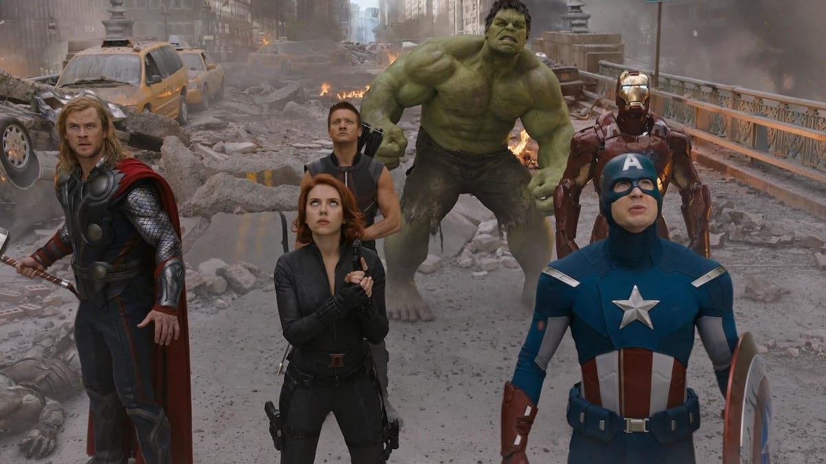 the avengers battle of new york scene featuring Thor, Black Widow, Hawk-Eye, Hulk, Captain America and Iron Man