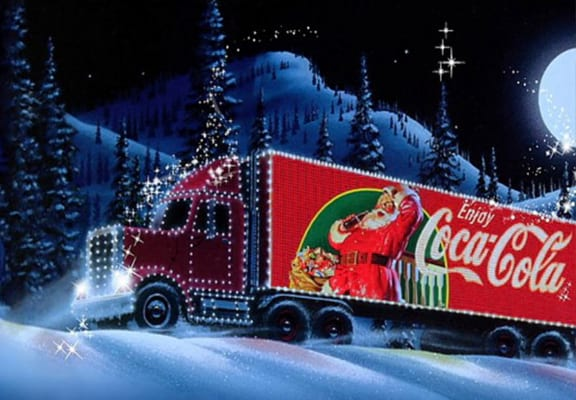 the coca cola christmas ad has pssed people off for the stupidest reason - Coca Cola Christmas Commercial