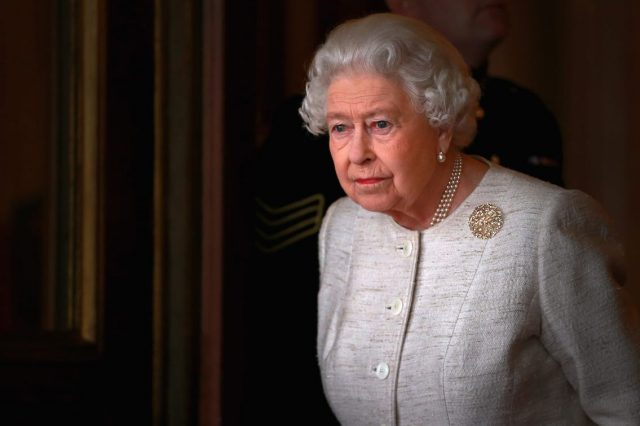 Queen Forced To Cancel New Years Day Plans Over Continued Health Concerns 11395UNILAD imageoptim GettyImages 495597362 640x426