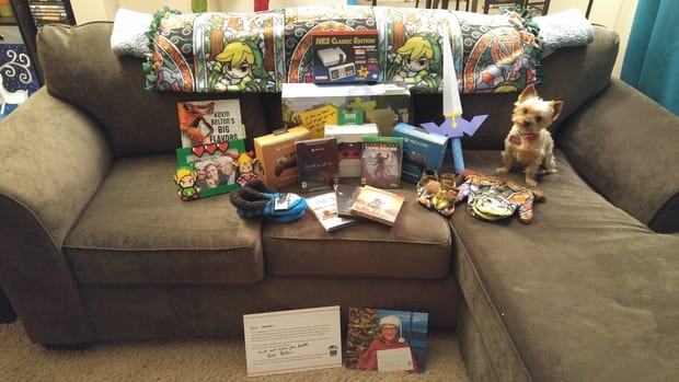 Lucky Person Gets Bill Gates As Her Secret Santa And His Gifts Are Incredible 37604UNILAD imageoptim i won secret santabill gates was my santa 1481908561 330375214574