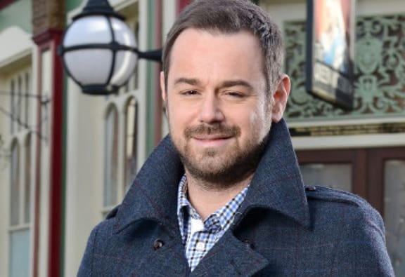 Danny Dyer Confirmed To Make Appearance On Love Island Tomorrow 41760UNILAD imageoptim danny dyer featured