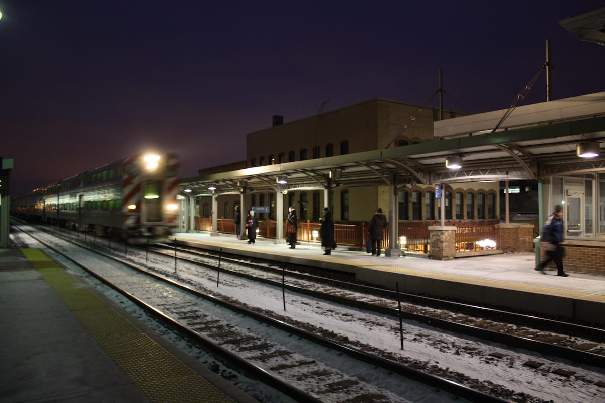 This Is What Its Like To Be Homeless At Christmas 45354UNILAD imageoptim Oak park train station