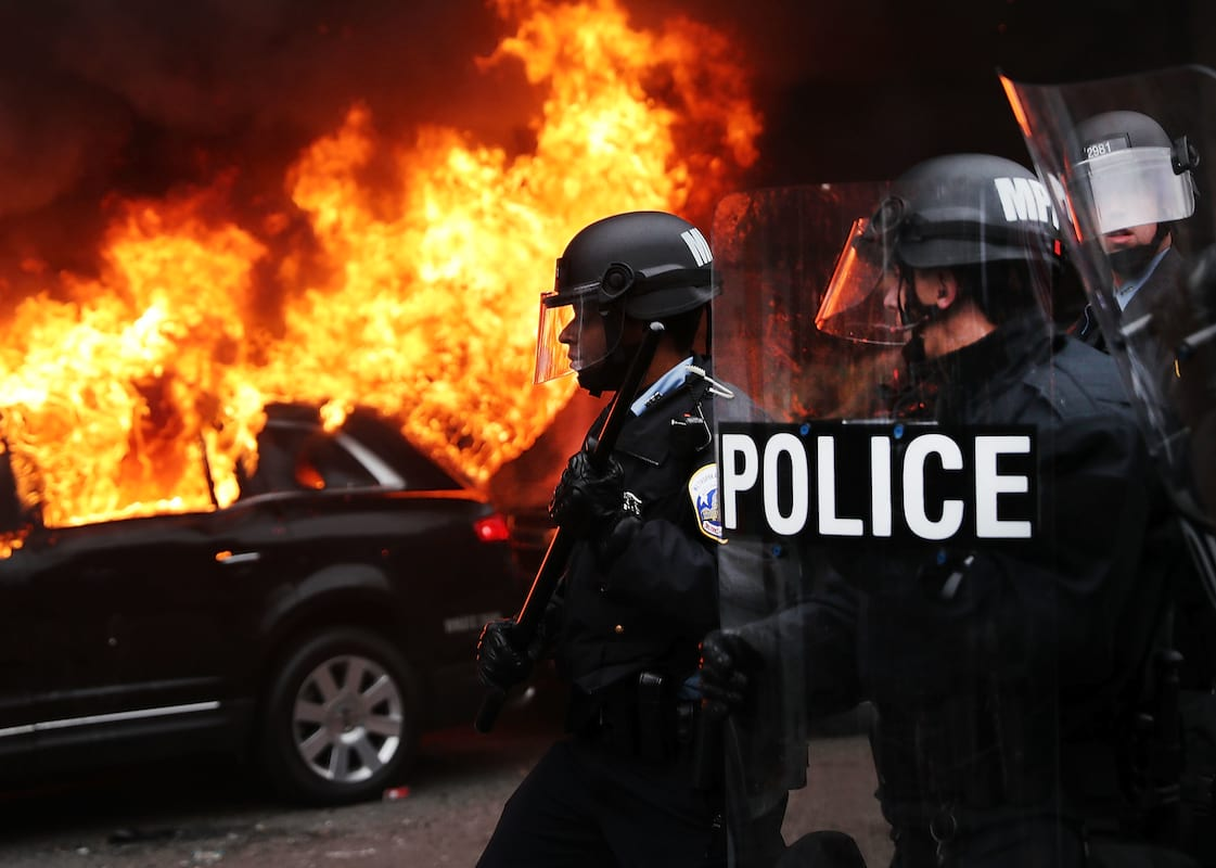 Anti Trump Protesters Could Face Up To Ten Years In Prison 63094UNILAD imageoptim GettyImages 632235104
