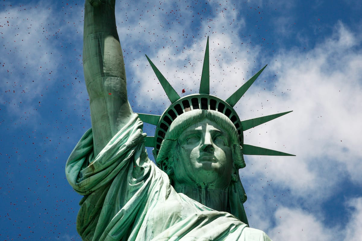 The Statue Of Liberty Was Nearly Muslim And People Arent Happy About It 64666UNILAD imageoptim GettyImages 450179212