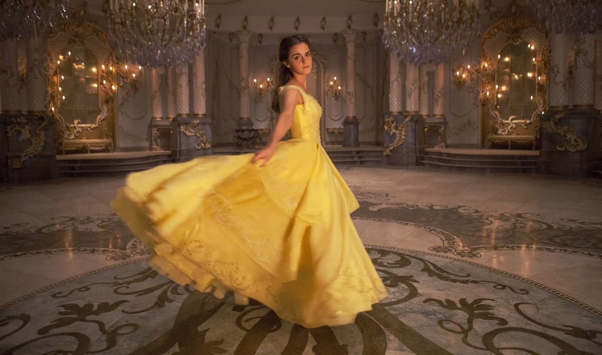 People Spotted A Sneaky Harry Potter Reference In New Beauty And The Beast Teaser 649 belle