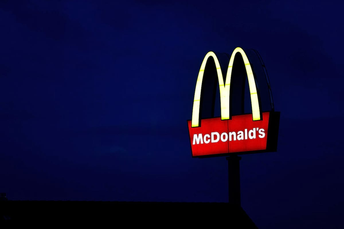 McDonald's Drops Hint Theyre  Going To Start Home Delivery In The UK 1399 17106207 10154213392951196 1725922672 o