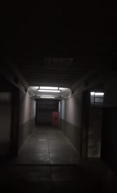 Morgue Door Slams Shut On Its Own And Is Scaring The Sh*t Out Of Everyone & Morgue Door Slams Shut On Its Own And Is Scaring The Sh*t Out Of ... Pezcame.Com