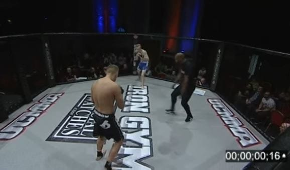 This Brutal Knockout Is The Fastest In MMA History 1607 lmoq