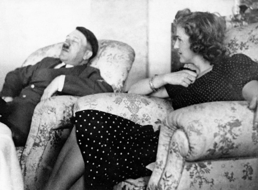 Adolf Hitlers Bodyguard Reveals Exactly What Happened In Moments Before His Death 579 GettyImages 558666591