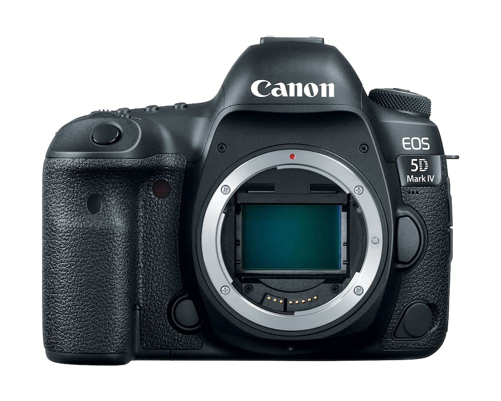 EOS-5D-MarkIV-body-front