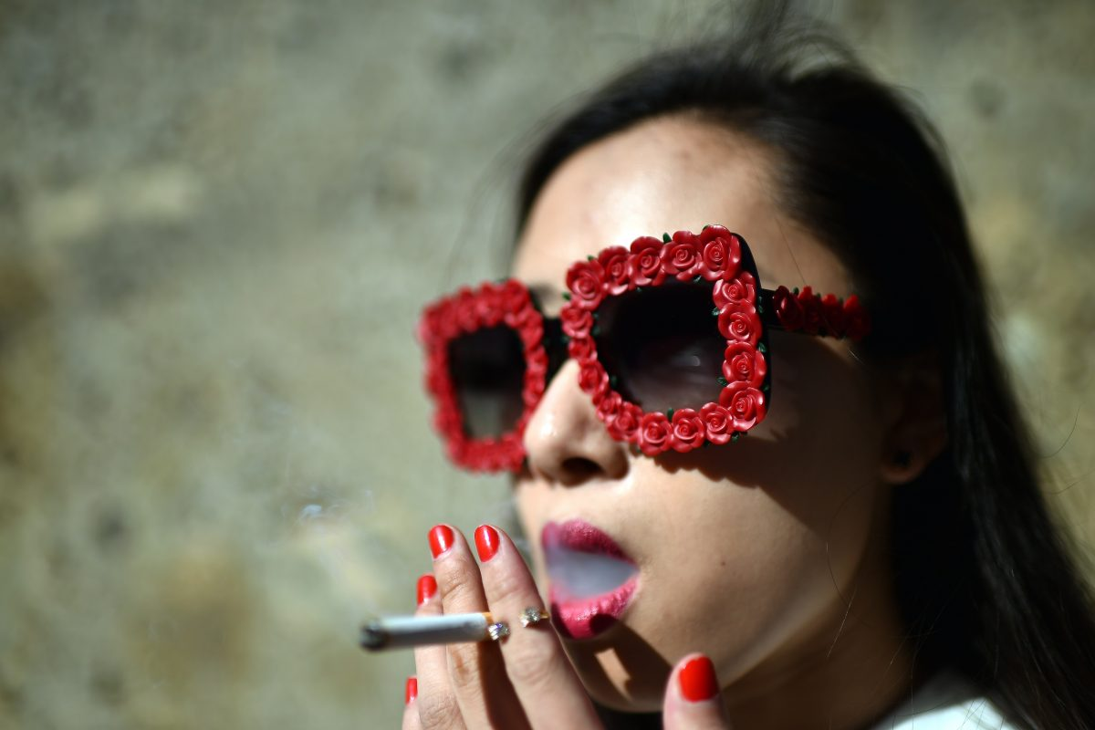 This Is The Best Way To Quit Smoking, According To Science GettyImages 464875266 1200x800
