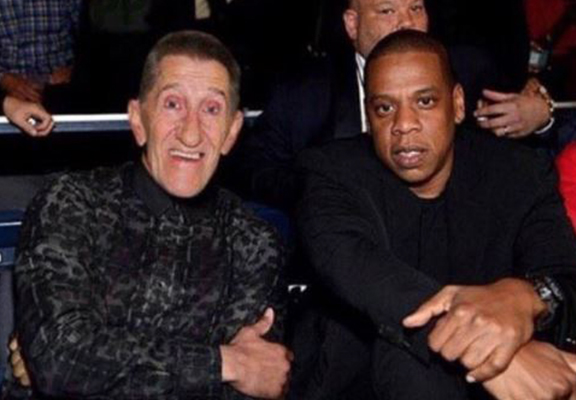 People Can't Get Over Picture Of Jay Z And Barry Chuckle 'Watching Joshua-Klitschko'