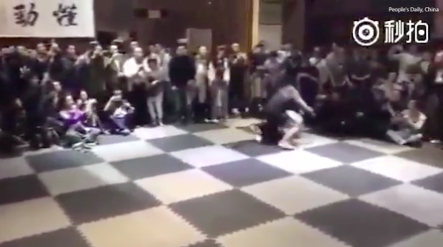 Tai Chi Master Who Cant Be Hit Takes On MMA Fighter In Epic Fight Taichihits