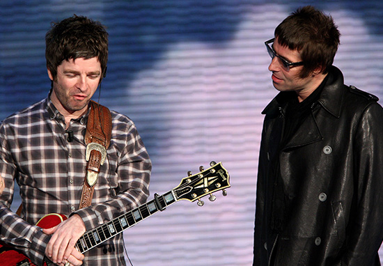 Noel Gallagher Donates Dont Look Back In Anger Royalties To Manchester Fund WEBTHUMBNEW 3 Liam and Noel
