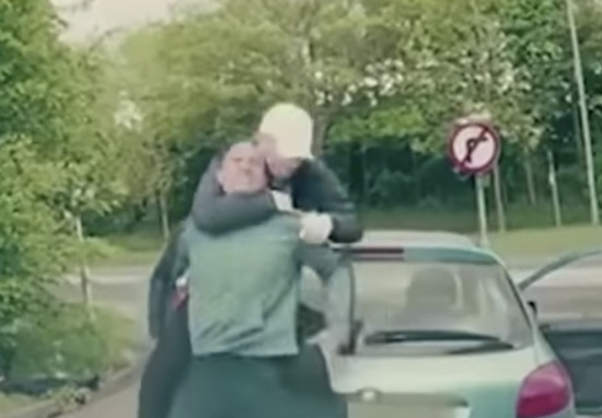 Guys With Baseball Bats Take On The Wrong Man In Brutal Road Rage Attack