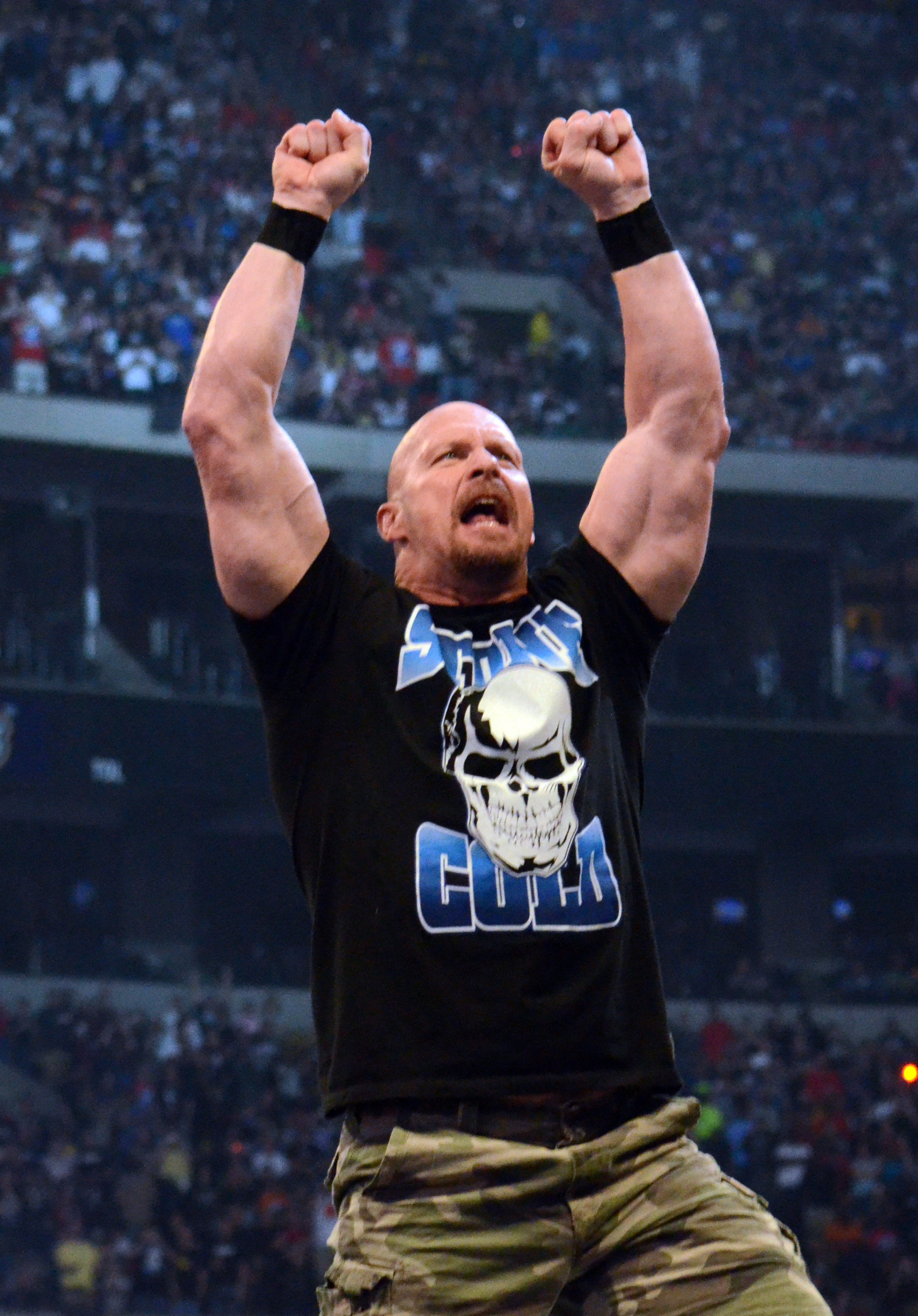 Stone Cold Steve Austin : Stone cold steve austin reveals the wwe stunt that nearly