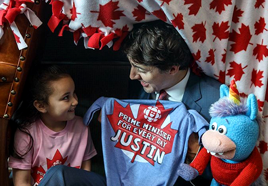 Justin Trudeau Made A Fort In His Office With Little Girl