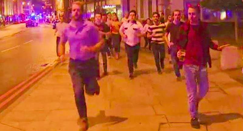 Guy Running From Terror With Beer In Hand Becomes Symbol Of Londons Spirit 18985265 10154480060516196 627119801 n