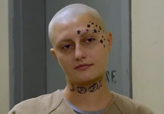 Skinhead Helen From OITNB Is Unrecognisable Out Of Costume