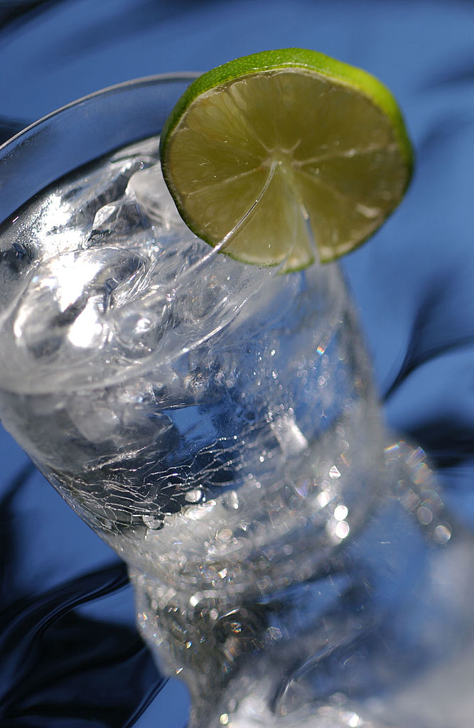 Drinking Gin And Tonic Helps Reduce Hay Fever Symptoms GettyImages 165002936