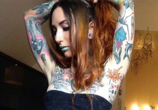 Theres A Ridiculously Painful New Tattoo Trend Taking Off