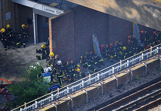 This Image Of Firefighters At Grenfell Tower Blaze Is Going Viral