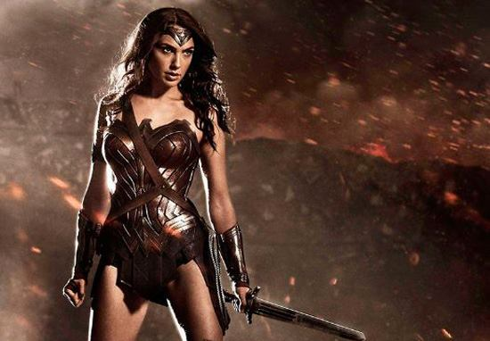 Gal Gadots Wonder Woman Paycheck Was Actually Surprisingly Small gal gadot 2