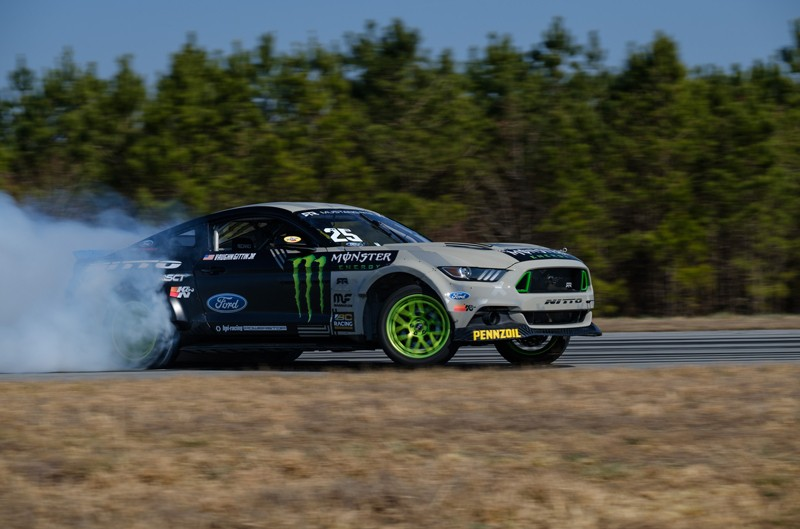 Ford Mustang RTR Spec 5-D