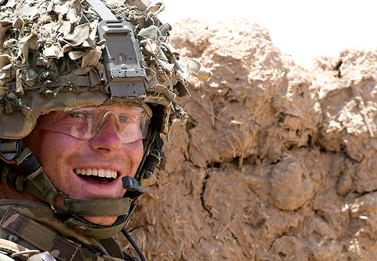 Why Prince Harry Will Have To Shave Off Beard For The Royal Wedding army jobs 2 web