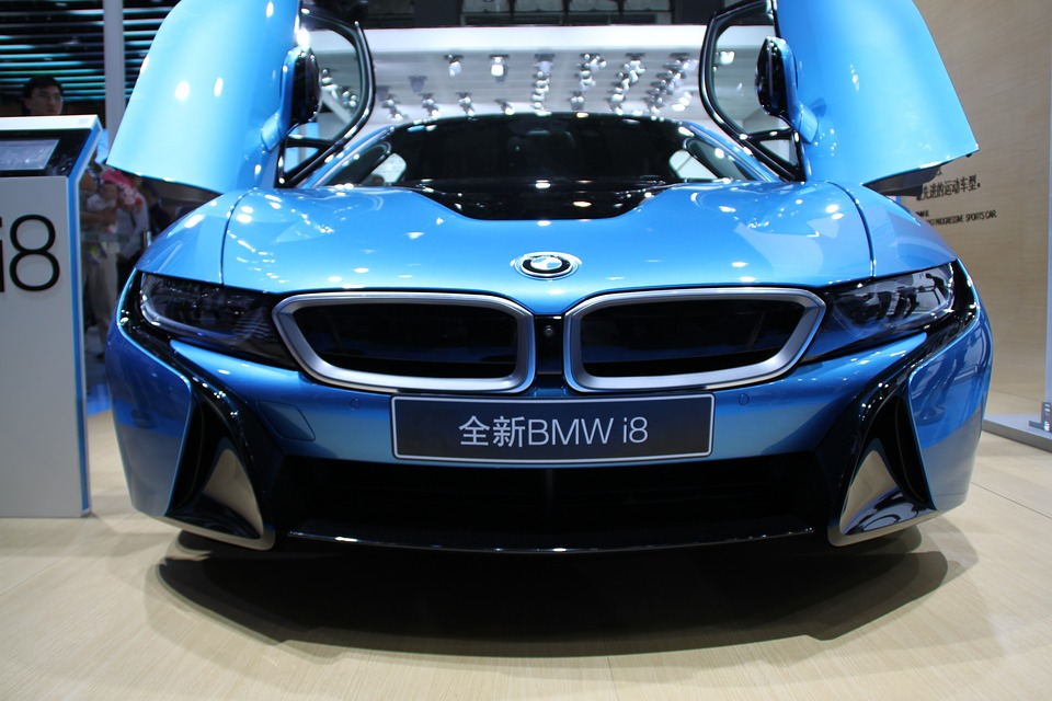 BMW i8 blue car
